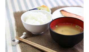 クローン病、若者中心に増加 食事療法が重要